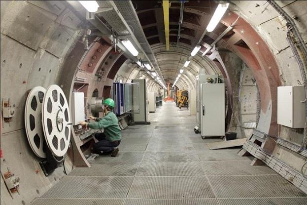 HADES地下研究所内の写真