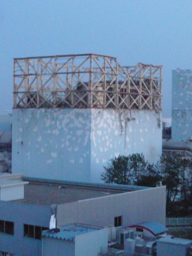 水素爆発直後の福島第一原発1号機建屋の画像