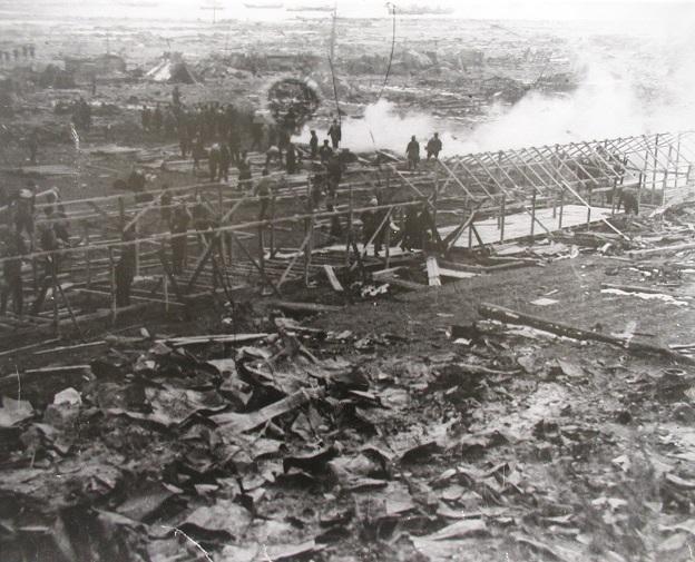昭和三陸地震と仮設住宅の建設の写真