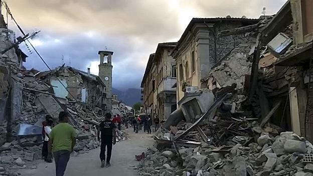 地震で崩壊したイタリア中部の街ノルチャの市街地